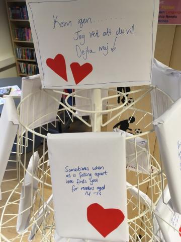 Go on a blind date with a book from the Library for Valentine's Day !